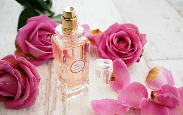 【Caron】Delire de Roses (玫瑰狂想)1.jpg