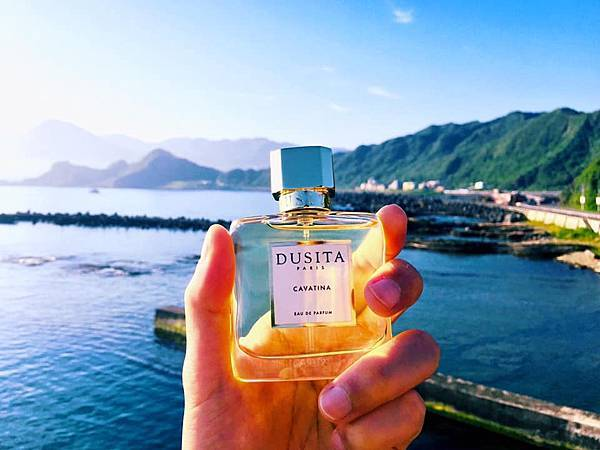 【Parfums Dusita】Cavatina (抒情短歌)1.jpg