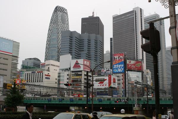 新宿街景.JPG