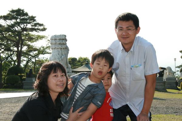 箱根平和公園-叮噹一家.JPG
