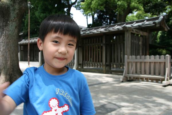 明治神宮-哥哥3.JPG