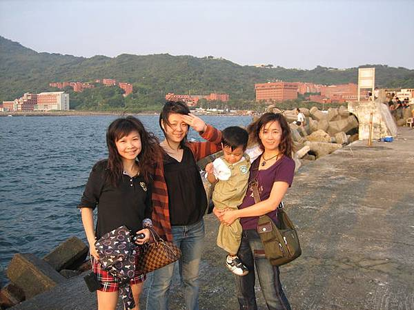中山大學-後面海邊