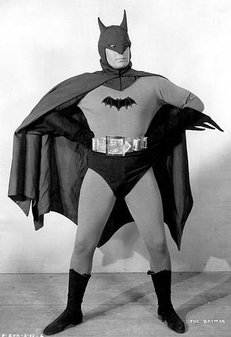 01_Batman 1943