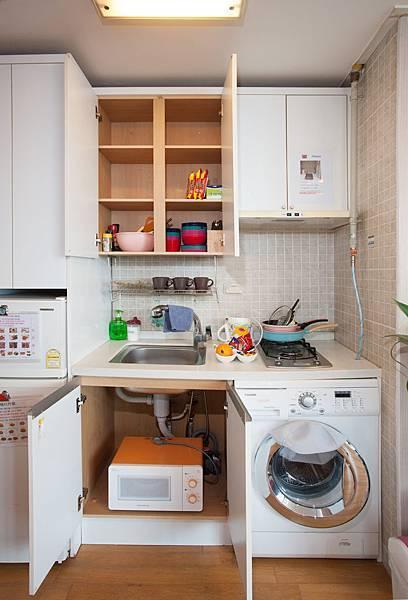 小廚房(冰箱,微波爐洗衣機)