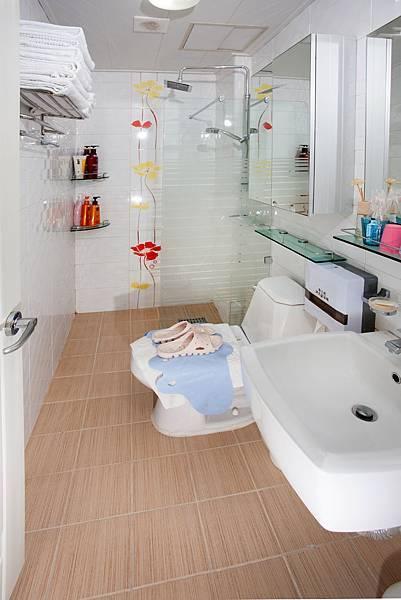 浴室(乾溼分離).jpg