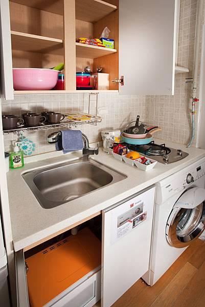 廚房(冰箱,微波爐,洗衣機)
