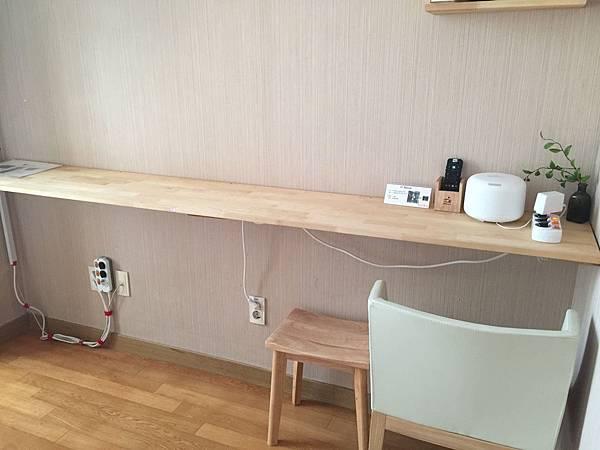 化妝台長桌
