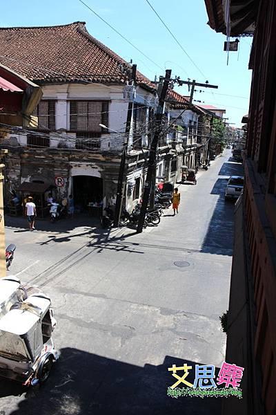 2樓往外拍街景 1.JPG
