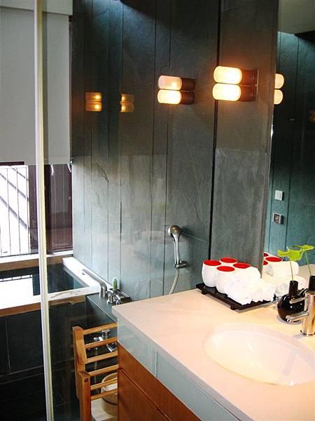 樓中樓1F盥洗台