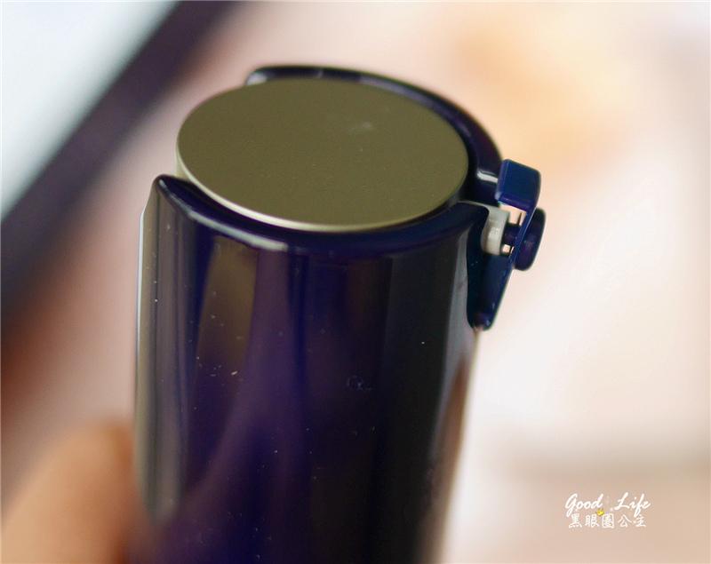 《保养》持续给肌肤丰富的水分和营养。。innisfree熔岩海洋水安瓶精华 ❤ 黑眼圈公主 ❤
