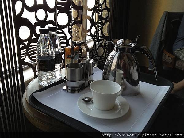 13-客房服務的咖啡