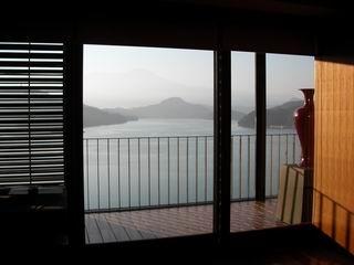 Resize of morning lake