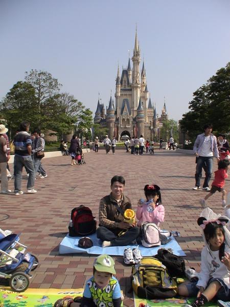 東京迪士尼47--看遊行囉~.jpg