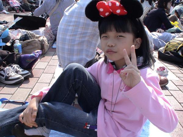 東京迪士尼48--看遊行囉~.jpg