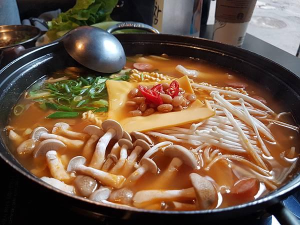 20171105_小班韓式料理16.jpg