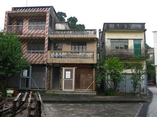 馬灣村廢棄屋一景