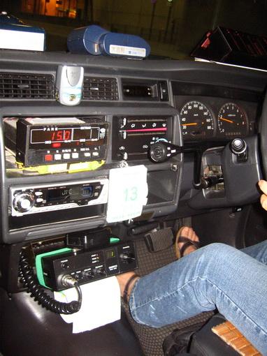 [913]計程車內部