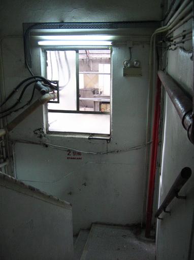 [20070917]A座3樓樓梯間