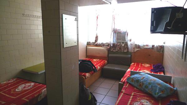 [20090822]背囊者旅店4人房間