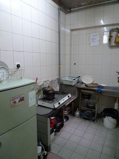 [20100101]背囊者旅店公共廚房