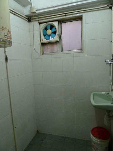 [20100101]背囊者旅店公共浴室