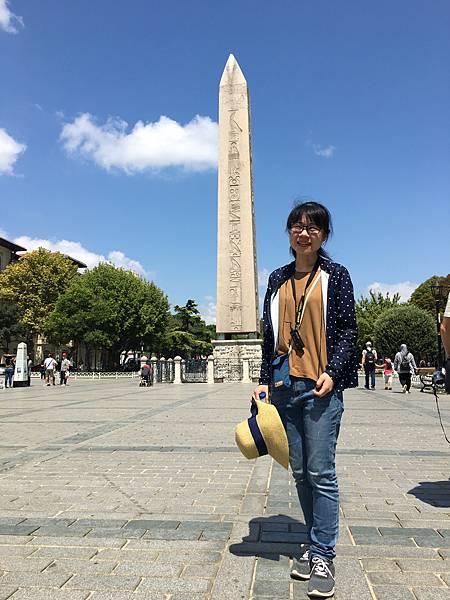 蘇丹阿何密特廣場-埃及方尖碑