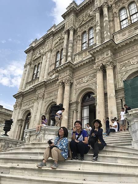 多瑪巴切皇宮