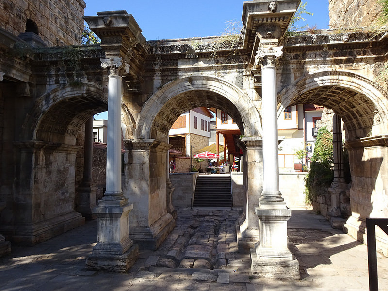哈德良門(Hadrian's Gate)
