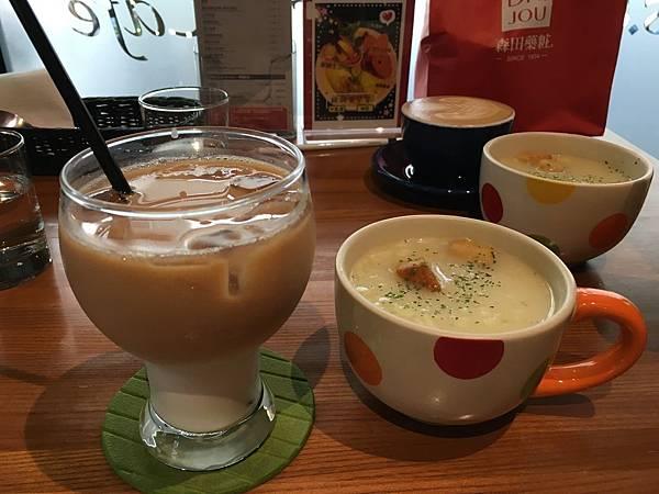 魯克思咖啡1.JPG