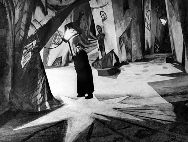 1378996151-5231cfb7ae703-014-the-cabinet-of-dr-caligari.jpg