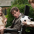 Eddie-Redmayne-in-The-Theory-of-Everything_article_story_large.jpg