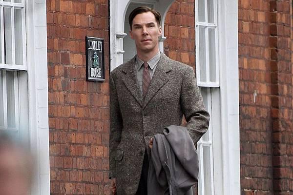 The-Imitation-Game-2014-Benedict-Cumberbatch.jpg