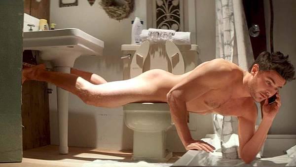 zac-efron-toilet.jpg