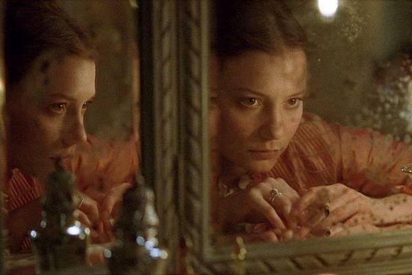 madame-bovary-181633l.jpg