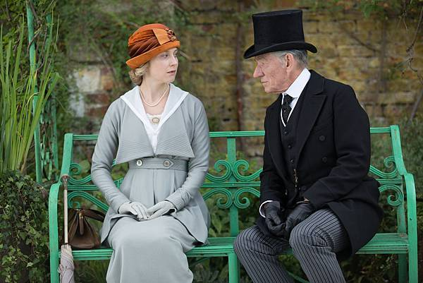ian-mckellen-hattie-morahan-mr-holmes-sherlock-movie.jpg