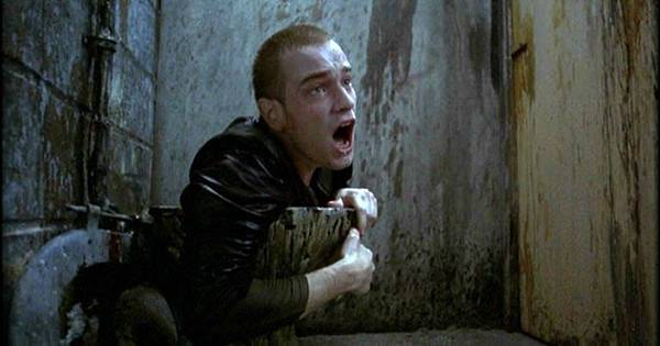 gallery-1485793973-trainspotting-toilet-face.jpg