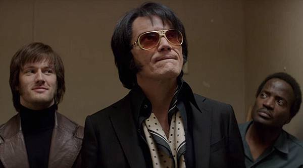 elvis-and-nixon-michael-shannon_nws2.jpg