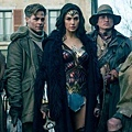 June_01_2017-wonder-woman-reviews-carousel-001.jpg