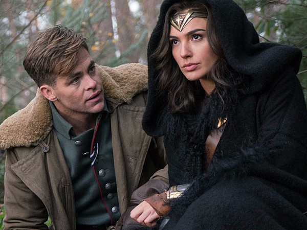 why-movie-critics-are-in-love-with-wonder-woman.jpg