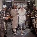 Michael-York-Jacqueline-Bisset-Murder-on-the-Orient-Express-1974.JPG