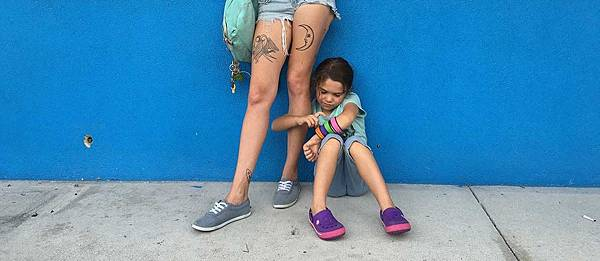 Bria-Vinaite-and-Brooklynn-Kimberly-Prince-in-The-Florida-Project-1200x520.jpg