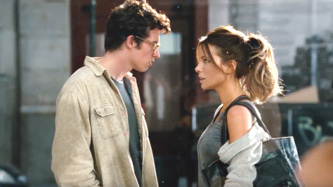 the-only-living-boy-in-new-york-2017-kate-beckinsale-callum-turner.png