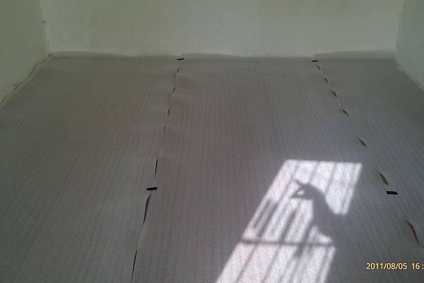 110806鋪地板_007.jpg