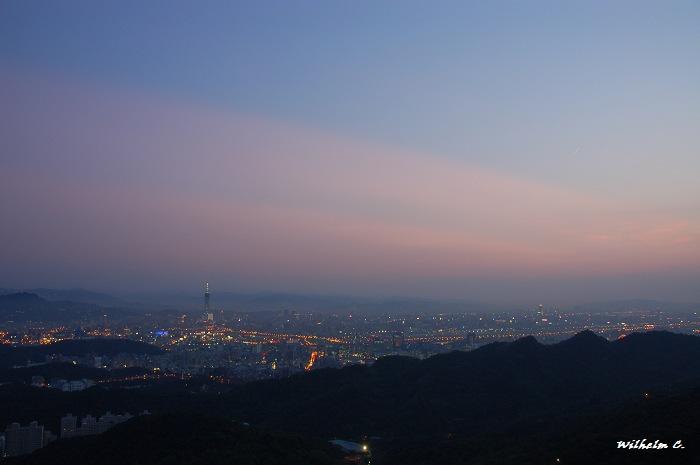 碧山巖看台北盆地