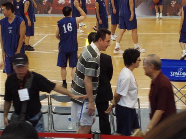 籃球博士-鄭志龍