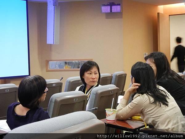 看到正面的是王淑芳老師
