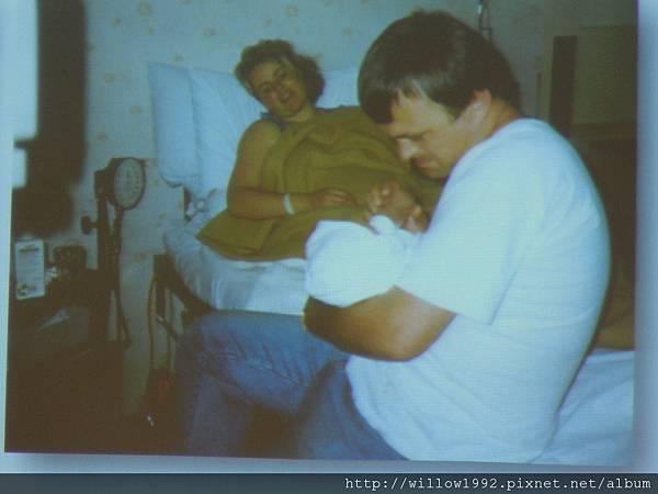 傷口痛的媽媽母嬰接觸能止痛