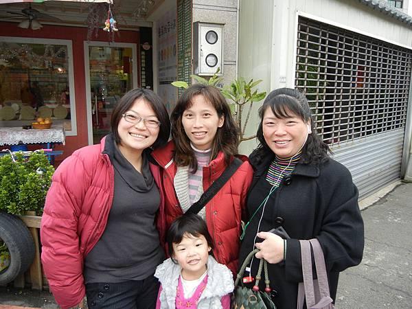 J媽和怡秀+我.JPG