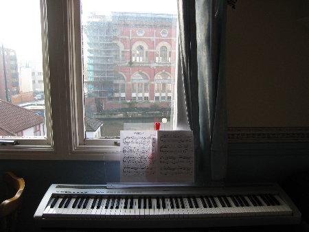 彈琴時的view