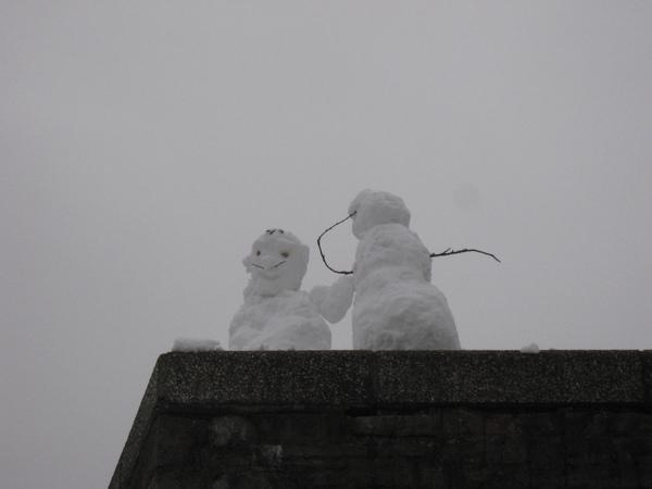 呵呵~可愛的雪人couple